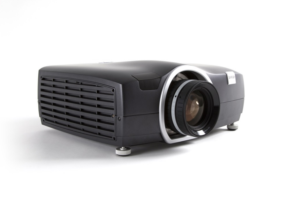 Barco-F50-1-Hardware-Pro